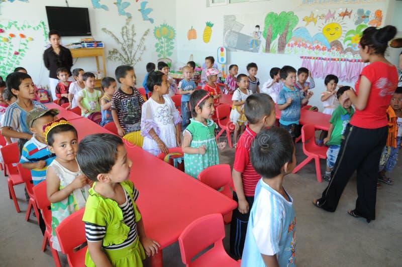 Chinese kleuterschoolklasse stock fotografie