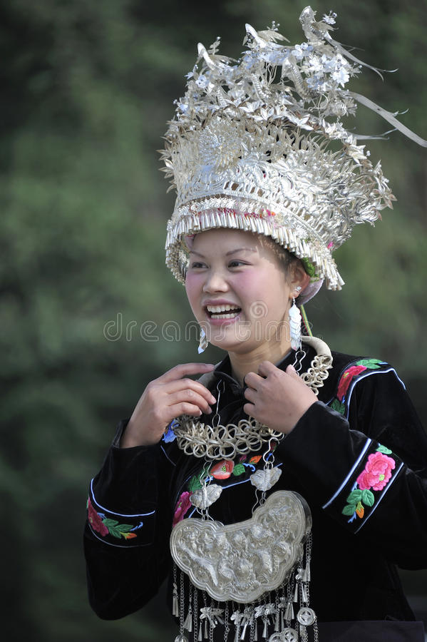 Download Chinese Miao Nationality Woman Editorial Photo - Image: 27231826