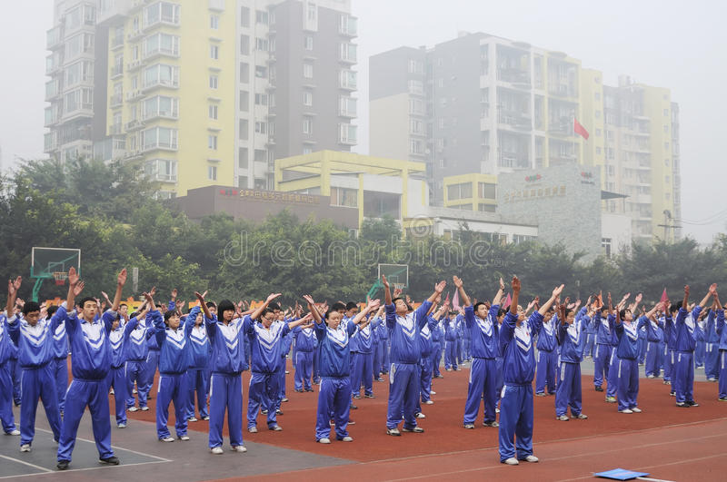 Download Chinese Middle Students Do Morning Exercises Editorial Photography - Image: 17258702