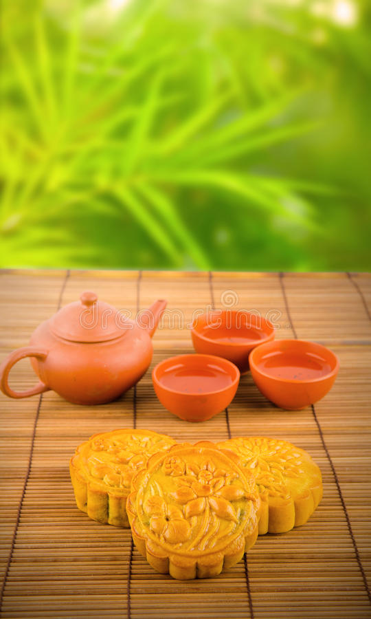 Chinese moon cake traditional food for Chinese mid-autumn festival stock photography