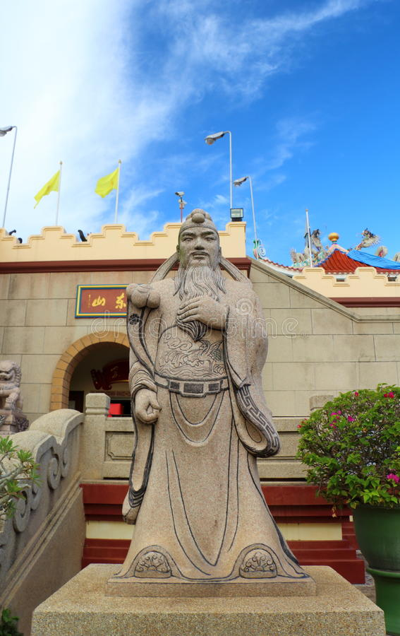 Download Chinese Mythology Statues In Chinese Temple Stock Image - Image: 35006667