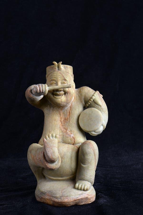 Chinese oude jade het snijden kunst op een zwarte achtergrond royalty-vrije stock afbeeldingen