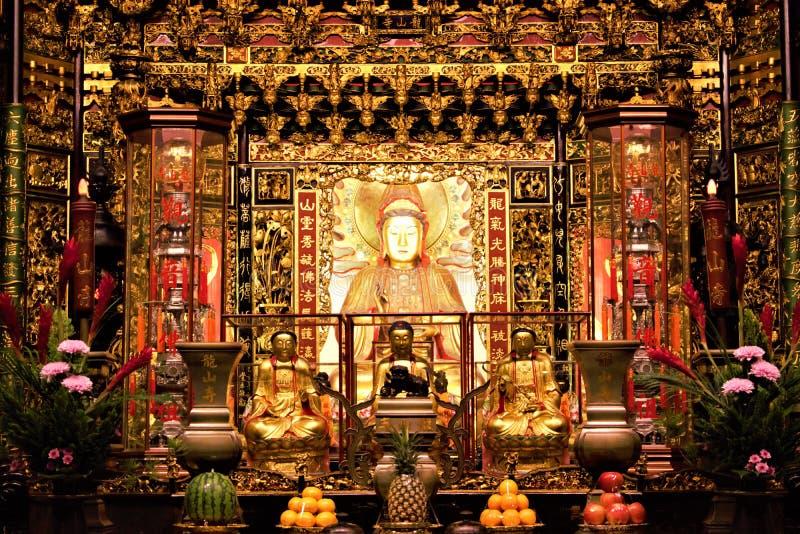 Chinese overzeese godin Mazu in tempel stock fotografie