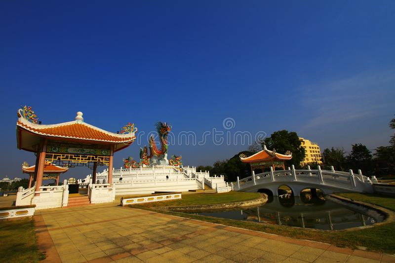 Download Chinese pavilion stock photo. Image of antiquity, dragon - 37231566