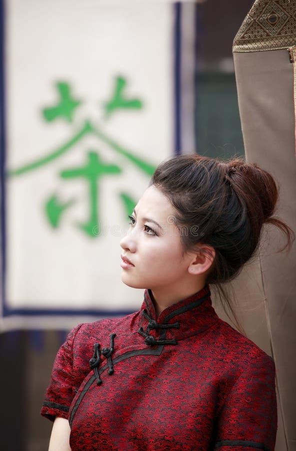 Chinese schoonheid openlucht. royalty-vrije stock afbeeldingen