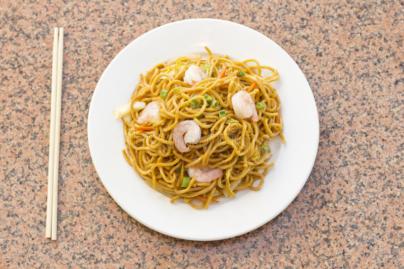 Chinese Shrimp Lo Mein. Delicious chinese food, shrimp Lo Mein stir fry royalty free stock photo
