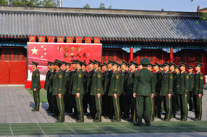 Download Chinese Soldiers On Standby Editorial Stock Image - Image: 19483549