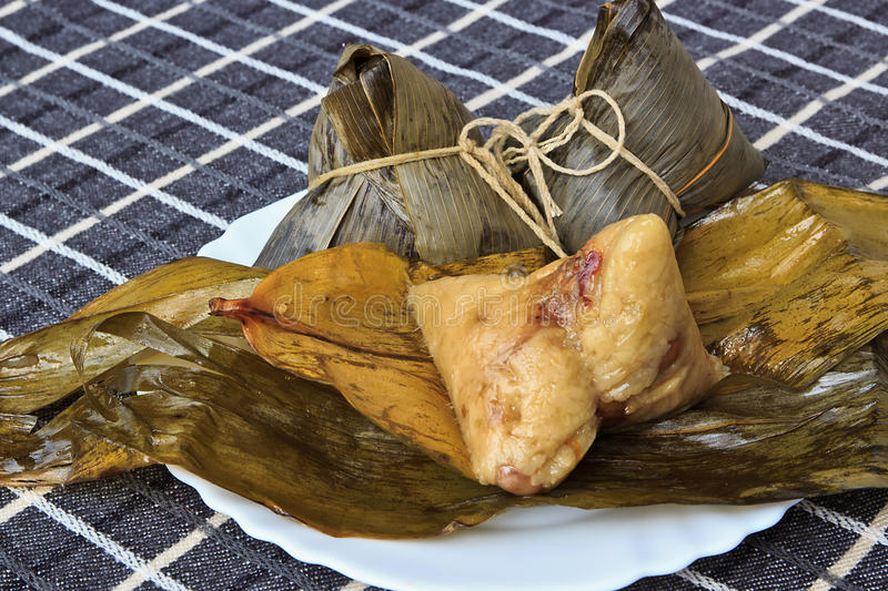 Download Chinese Traditional Food Rice Dumplings Stock Photo - Image of peanut, leaves: 25394664