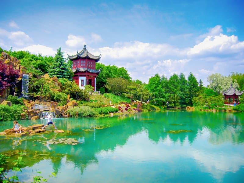 Chinese tuinen bij de Botanische Tuin van Montreal stock foto's
