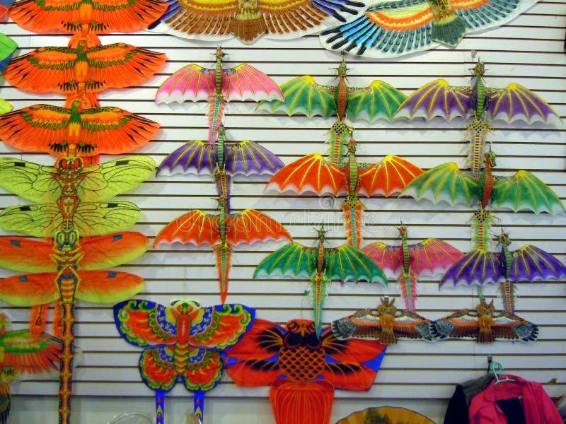 Chinese vliegers voor verkoop stock afbeelding