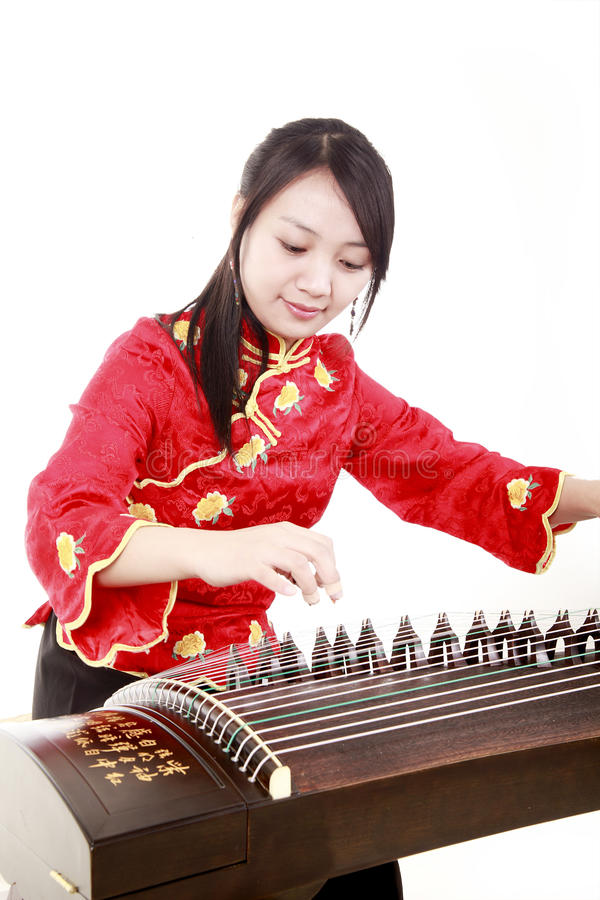 Free Chinese Zither Performer Royalty Free Stock Image - 13485666