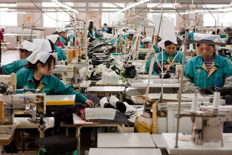 Chineseschweißfabrik lizenzfreie stockfotografie
