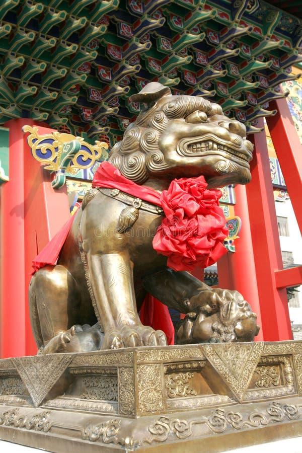 Chinesische alte Löweskulptur stockbilder