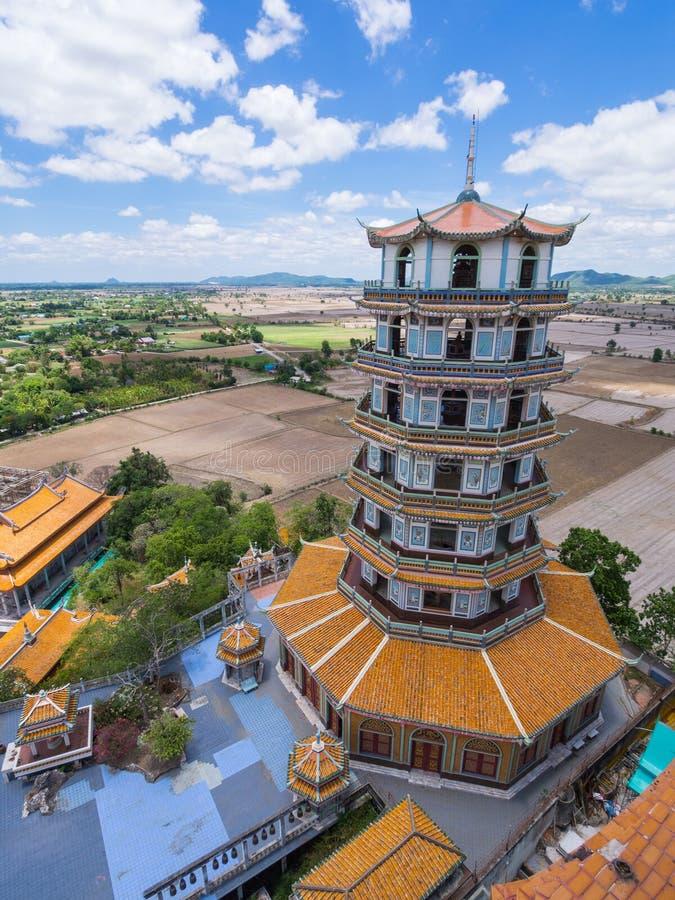 Chinesische Art-Pagode in Wat Tham Khao Noi lizenzfreie stockfotos