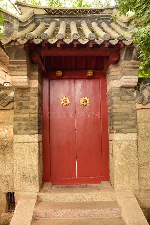 Chinesische Art-Tür stockfotografie