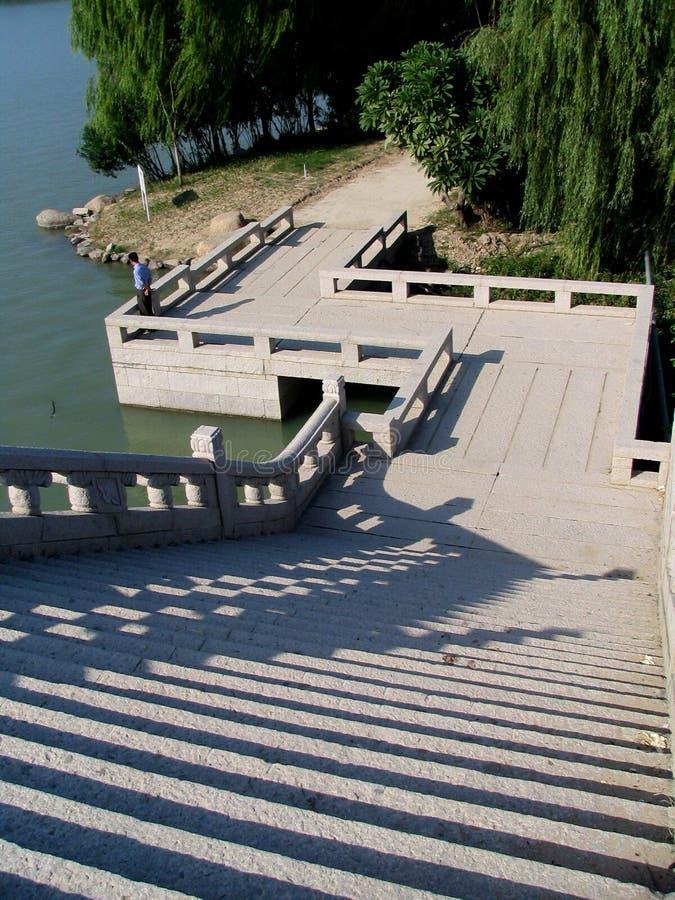Chinesische Brücke lizenzfreies stockbild
