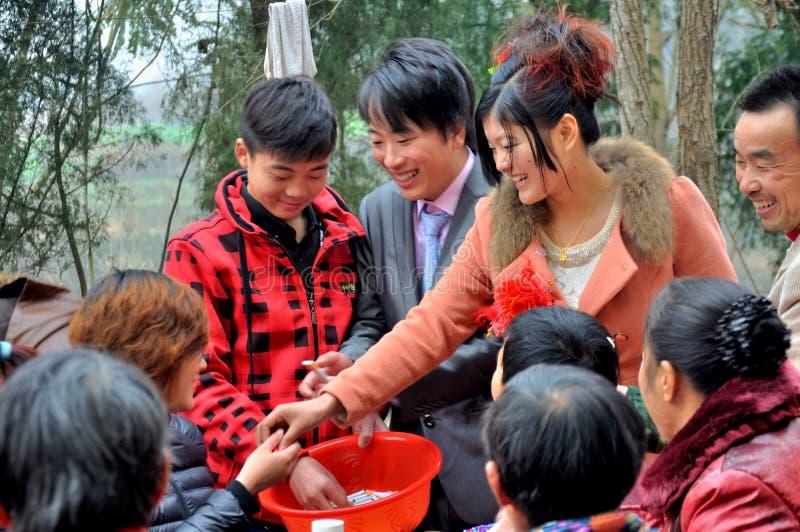 Chinesische Dorf-Hochzeit stockfoto