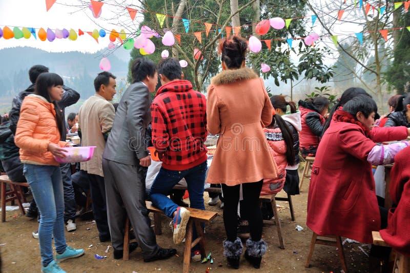 Chinesische Dorf-Hochzeit lizenzfreies stockbild