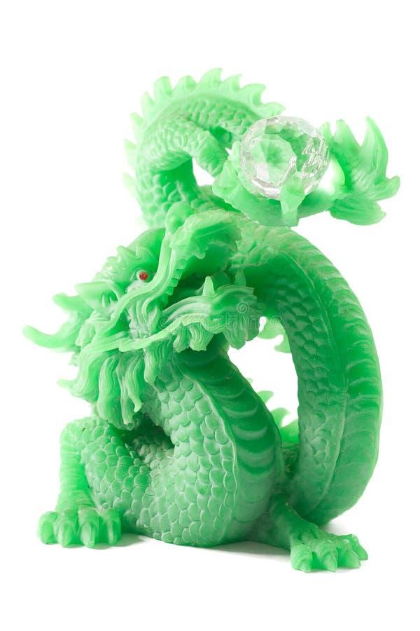 Chinesische Dracheskulptur der Jade auf weißem Hintergrund stockfoto
