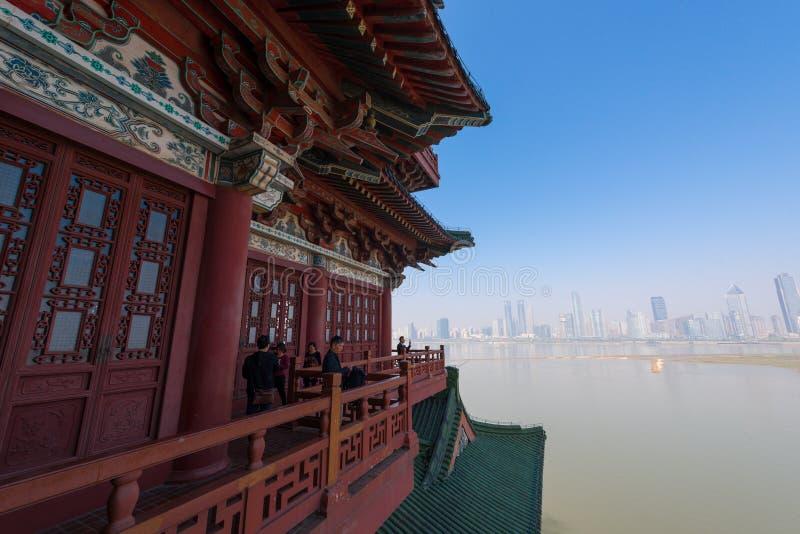 Chinesische Eimerbogendachgesimse 4-Pavilion von Pavillon Prinzen TengTengwang stockfotos