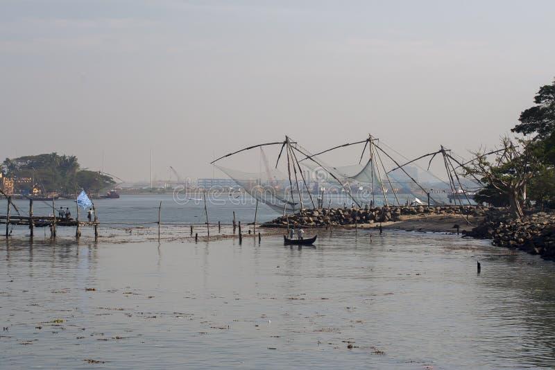 Chinesische Fischernetze im Fort Cochin stockbilder