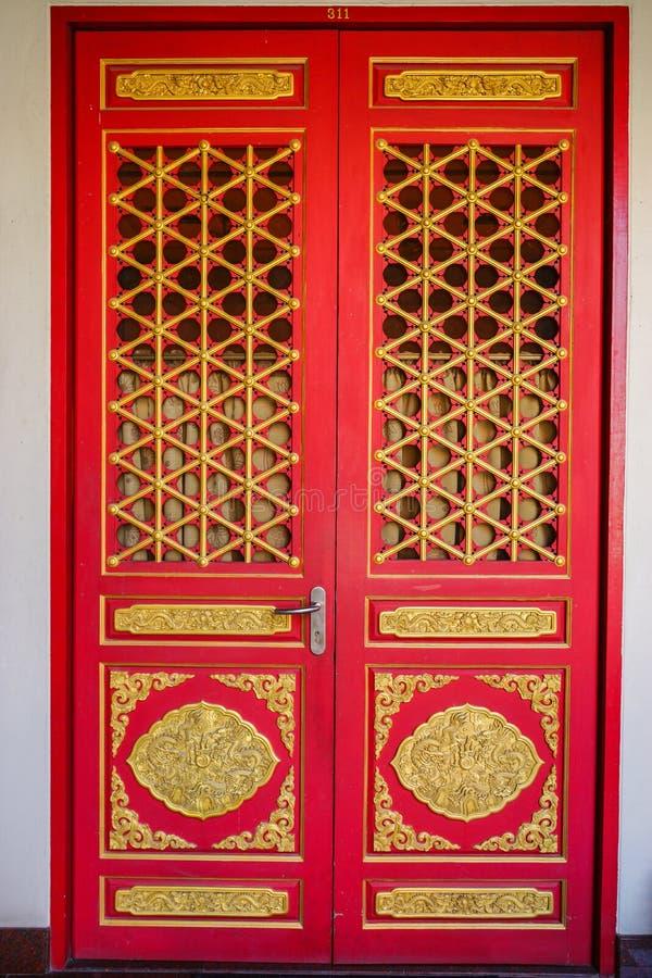 Chinesische Kirchen-Tür stockfotos