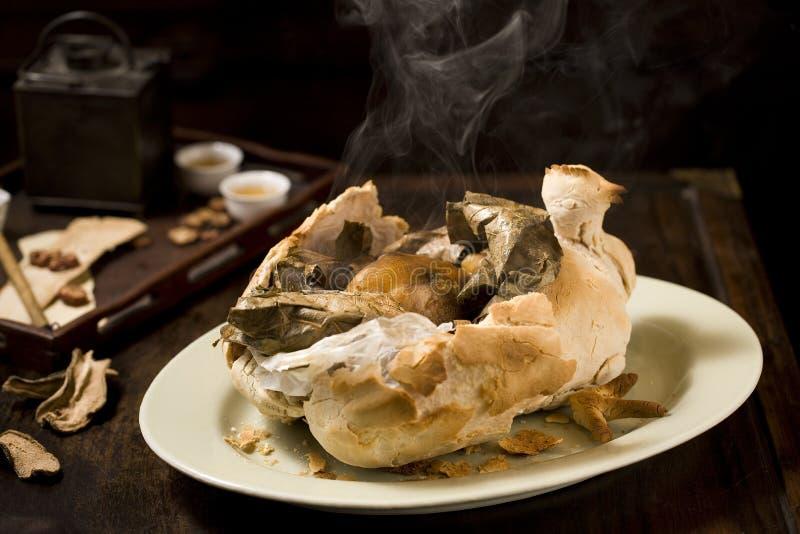 Chinesische Nahrung: Bettler-Huhn stockbilder