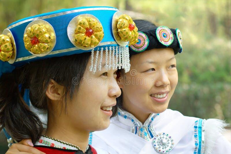 Chinesische Naxi Frauen stockfotografie