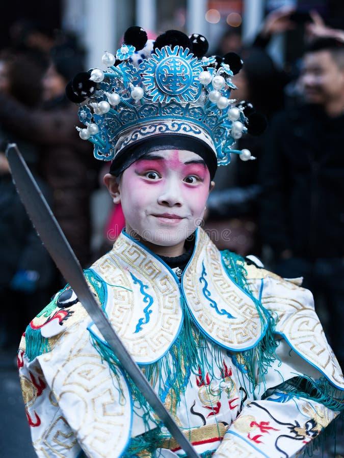 Chinesische Parade des neuen Jahres in Paris stockbild