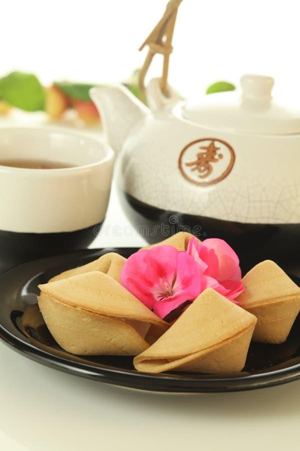 Download Chinesische Plätzchen Und Tee Stockbild - Bild von krug, malaysia: 26370421