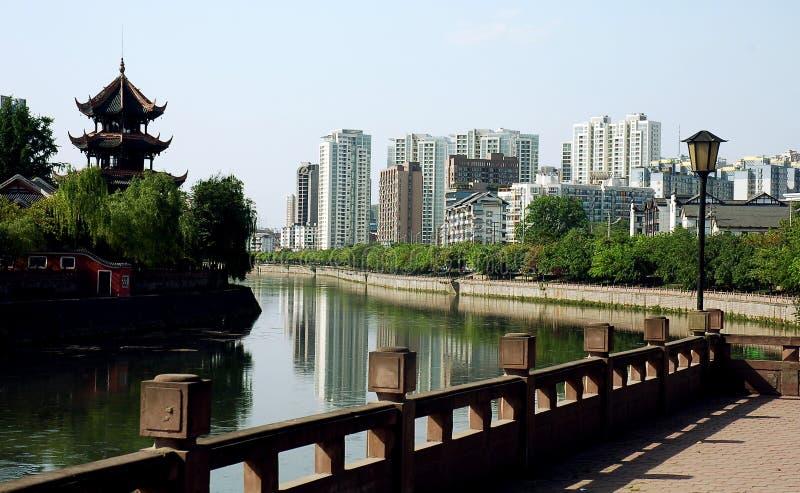 Chinesische Stadt lizenzfreie stockfotos