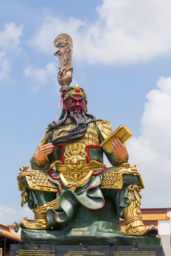 Chinesische Statue von Guan Yu in der Insel Koh Samui, Thailand lizenzfreies stockfoto