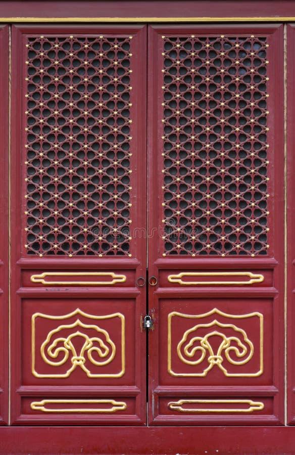 Chinesische traditionelle Tür stockbilder
