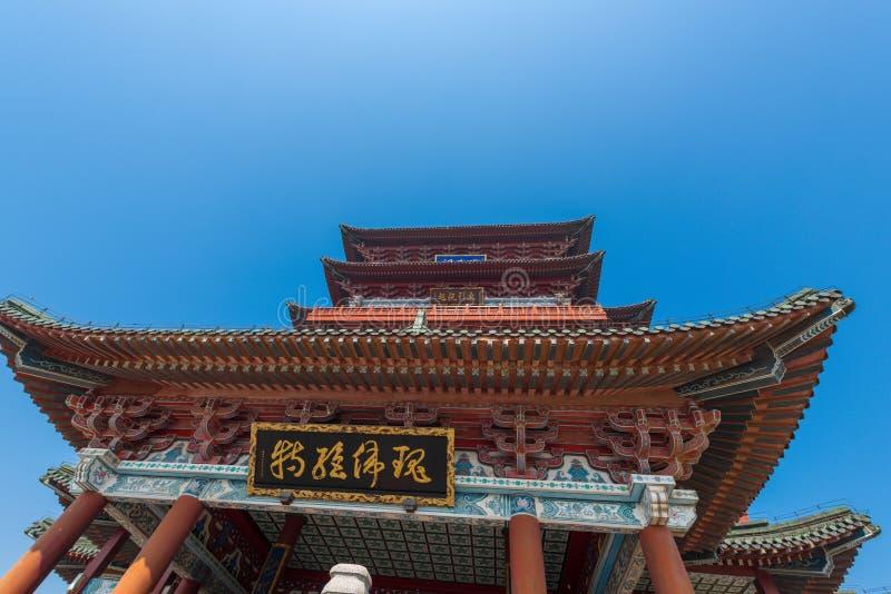 Chinesischer Eimerbogen Dachgesimspavillon von Pavillon Prinzen TengTengwang lizenzfreie stockfotografie