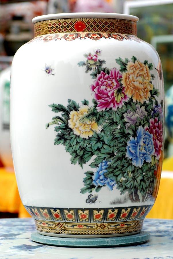 Chinesischer Porzellanvase lizenzfreie stockbilder
