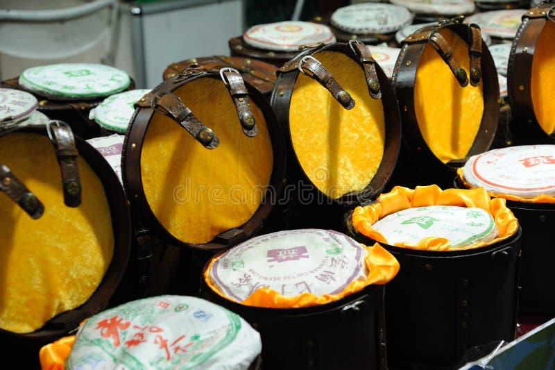 Chinesischer puer Tee im Marktplatz stockbild