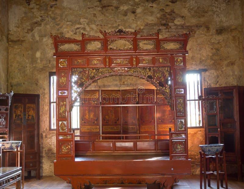 Chinesischer traditioneller Bedchamber, der Erbam museum 1919 Lhong gelegen auf der Bank des Chao Phrayas anzeigt lizenzfreie stockfotografie