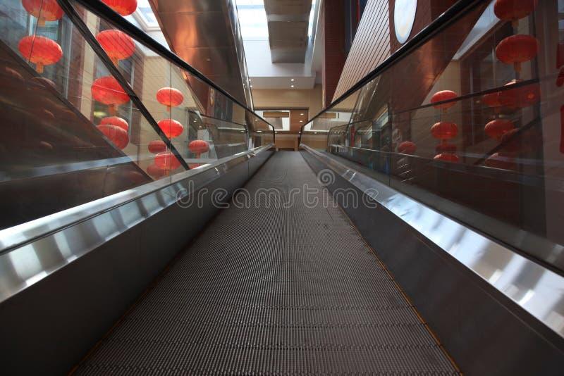 Chinesisches modernes Einkaufszentrum stockbild
