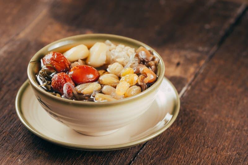 Ching bo leung是在中国和越南cuis的甜冷的汤 库存图片