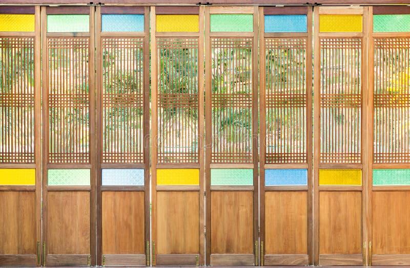 Chino Portugalski drewniany drzwi obrazy stock