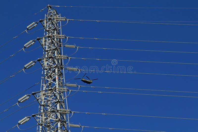 Chinook 47 über Japan-Himmel lizenzfreies stockfoto