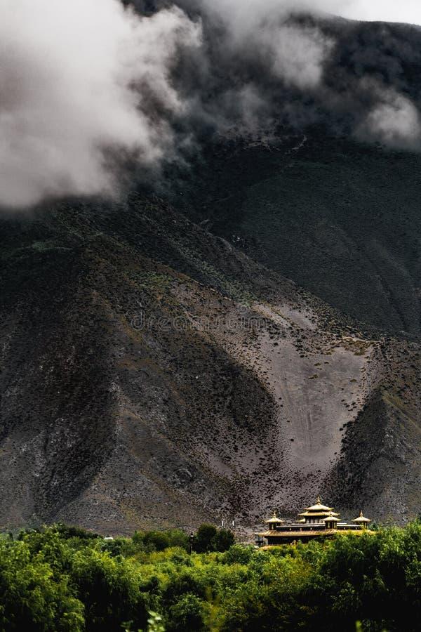 Chiny Tybet sceneria zdjęcie royalty free