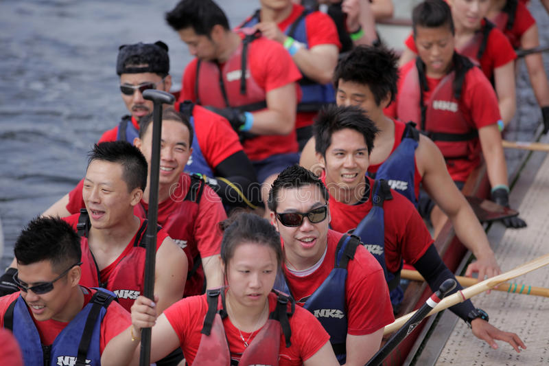 Chiny wiosłuje drużyny obraz royalty free