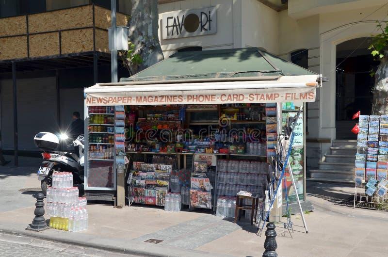 Chiosco di giornale a Costantinopoli immagine stock