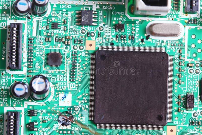 Chip elettronico a bordo fotografie stock libere da diritti