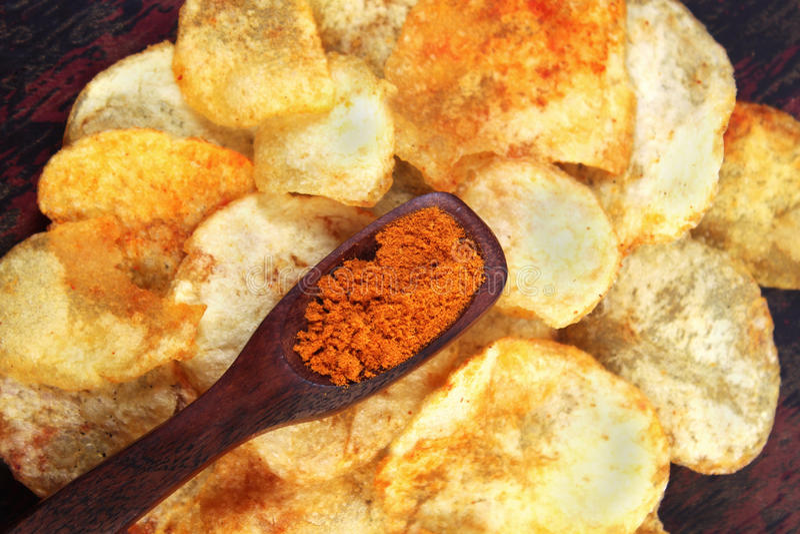 chips den kryddiga potatisen royaltyfri foto