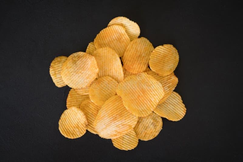 Chips för mellanmål för mat för eftersläckare för öl för potatischip kryddigt royaltyfria foton
