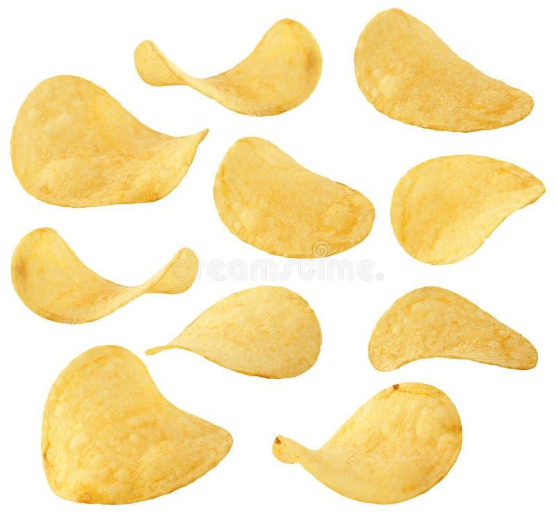 Chipsamling Isolerade potatischiper i olik position och vinkel på vit, med urklippbanan royaltyfria foton