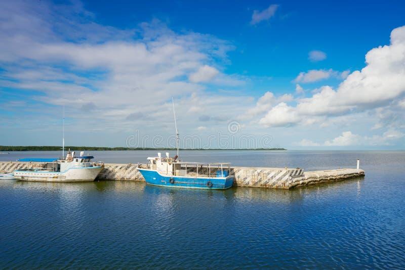 Chiquila port i Quintana Roo Mexico royaltyfria bilder