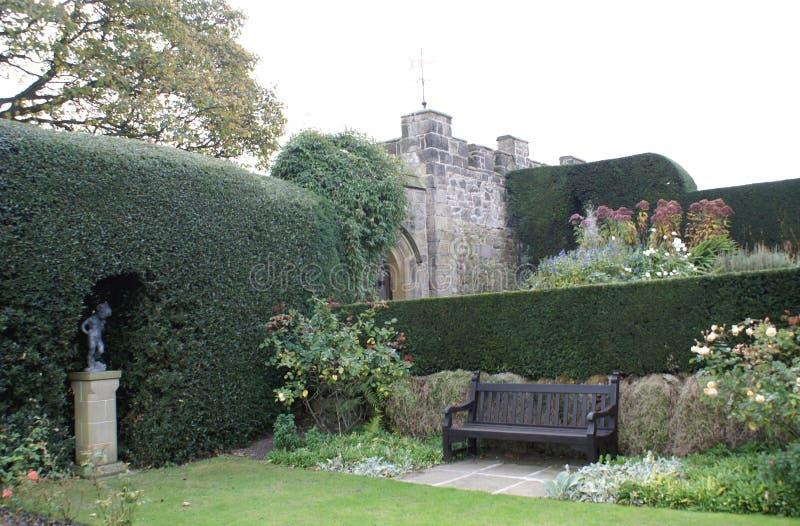 Chirk el jardín del castillo en Inglaterra imágenes de archivo libres de regalías